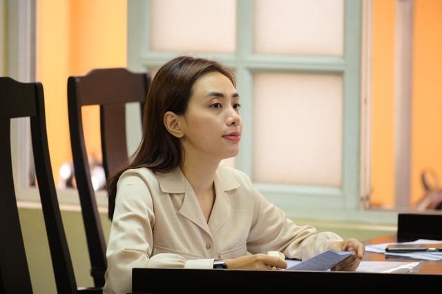 Miko Lan Trinh chia sẻ lý do 8 năm theo đuổi vụ kiện với ông bầu Hoàng Vũ - 1