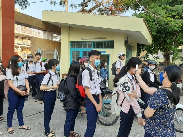 Sóc Trăng cho phép tổ chức nội trú, bán trú khi học sinh đi học trở lại - 1