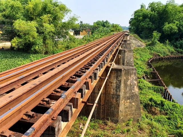 Cau Ong Ngo tren tuyen duong sat Bac Nam xuong cap nghiem trong