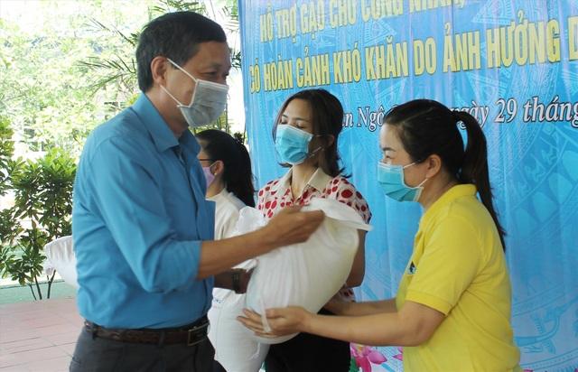 Hải Phòng: Hỗ trợ lao động nữ mang thai mất việc do dịch Covid-19 - 3