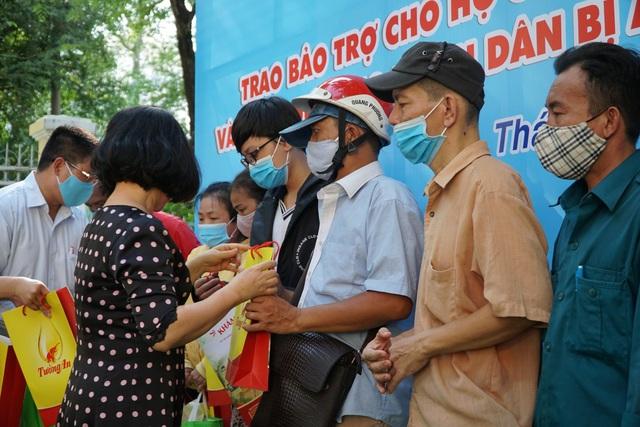 TPHCM: Hơn 400 triệu đồng hỗ trợ người dân gặp khó khăn vì dịch Covid-19 - 2