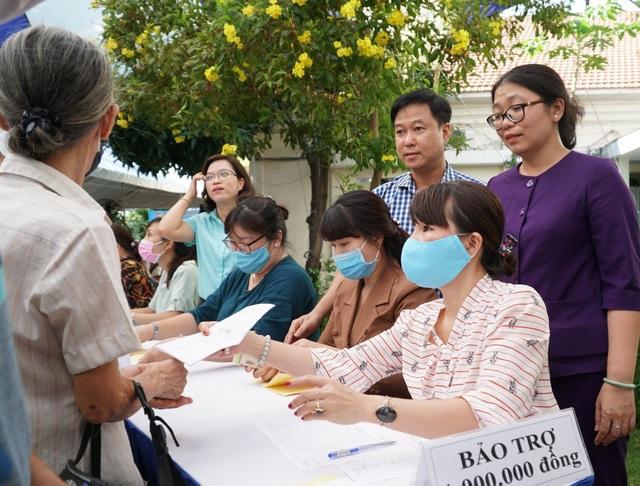TPHCM: Hơn 400 triệu đồng hỗ trợ người dân gặp khó khăn vì dịch Covid-19 - 4