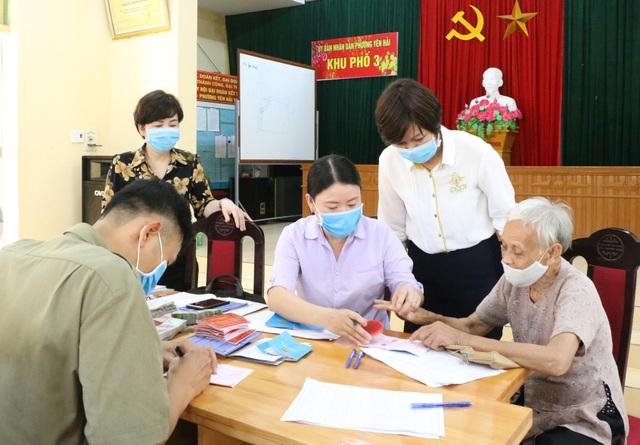 Quảng Ninh: Hơn 11.000 người gặp khó do dịch Covid-19 bắt đầu nhận hỗ trợ - 2