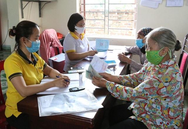 Quảng Ninh: Hơn 11.000 người gặp khó do dịch Covid-19 bắt đầu nhận hỗ trợ - 1