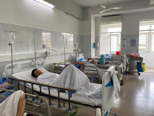 Đà Nẵng: Hơn 130 người nhập viện nghi do ăn đồ chay mua ở chợ - 1