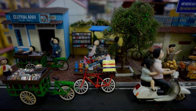 Sài Gòn xưa tí hon.jpg