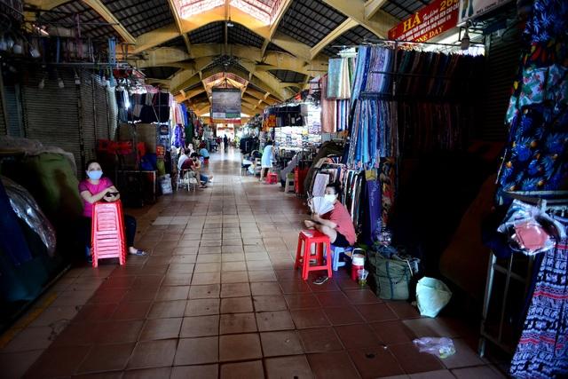 Chợ Bến Thành.jpg