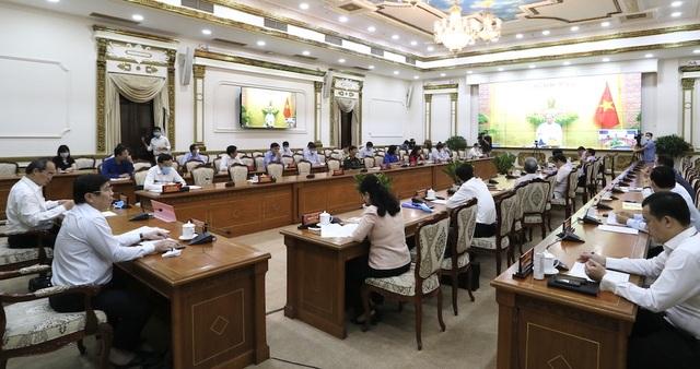 Thủ tướng: Sự năng động, sáng tạo giúp kinh tế TPHCM không đổ gãy - 1