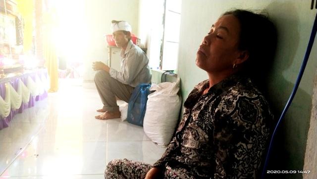 Vụ lật ghe, 5 người mất tích trên sông Thu Bồn: 3 con thơ bơ vơ khi mất cha - 6