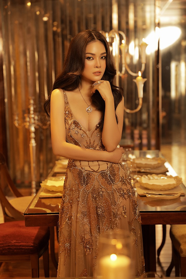 Đời tư       gây chú ý của NSND Công Lý, Hoa hậu H'Hen Niê - 12