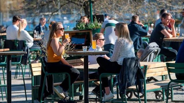 """Thụy Điển thừa nhận khó đạt được """"miễn dịch cộng đồng"""" - 2"""