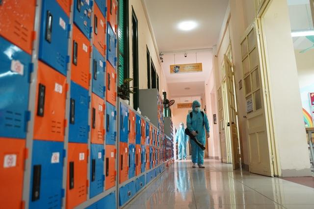 Các trường tiểu học, mầm non quận Hoàn Kiếm sẵn sàng đón học sinh trở lại - 4
