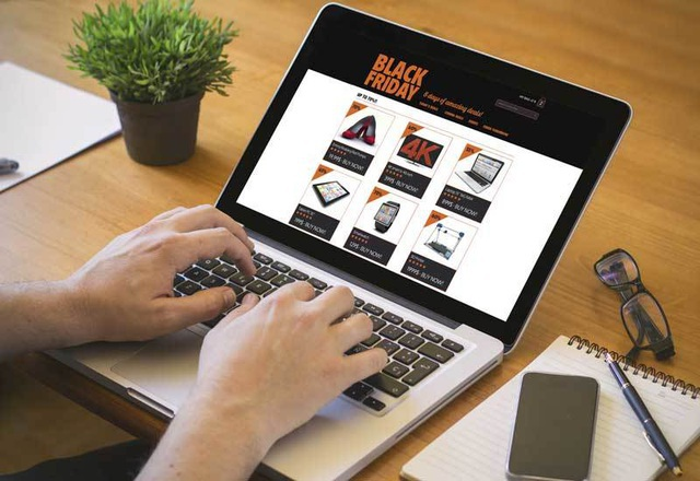 Nhu cầu mua bao cao su online tăng 56% trong mùa dịch - 1