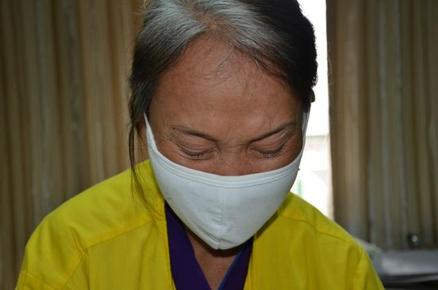 Người mẹ tội nghiệp đi bán rau cầu xin nhà hảo tâm cứu con - 4