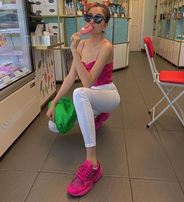 Phong cách đối lập của Hoa hậu Trần Tiểu Vy và Kỳ Duyên - 5