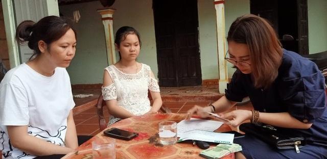 Cô gái thiếu một bàn tay được bạn đọc giúp đỡ hơn 42 triệu đồng - 2