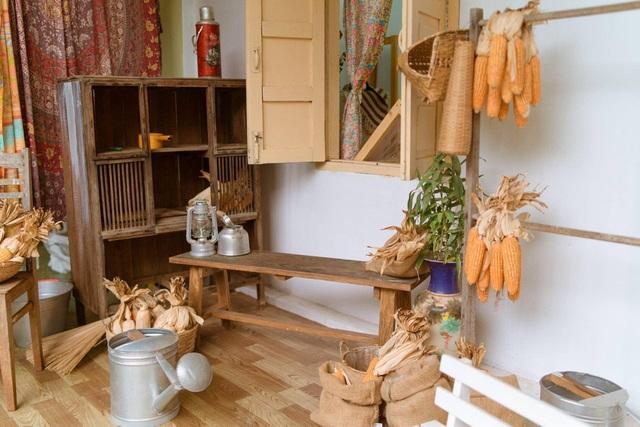 Thuê nhà cũ giá hời, cô gái ở Đắk Lắk cải tạo thành studio đẹp không ngờ - 8
