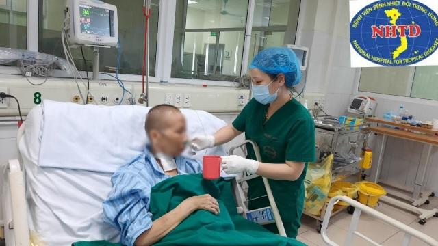 Chiều 11/5: Không ca mắc Covid-19, bác gái bệnh nhân 17 hồi phục kỳ diệu - 1