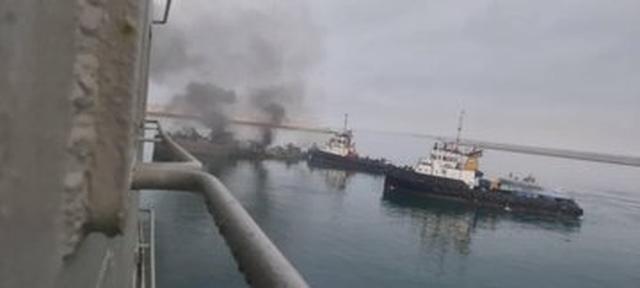 Video vụ tàu chiến Iran bắn nhầm tên lửa vào đồng đội khiến 19 người chết - 2