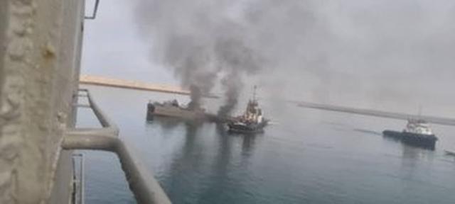 Video vụ tàu chiến Iran bắn nhầm tên lửa vào đồng đội khiến 19 người chết - 3