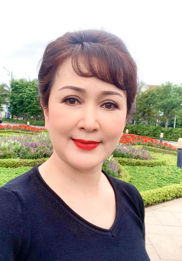 """NSND Minh Hoà: """"Tôi chưa bao giờ tiếc nuối vì chỉ sinh được một đứa con"""" - 2"""