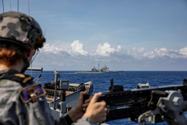 Mỹ đẩy mạnh hoạt động quân sự tại các vùng biển thách thức Trung Quốc - 2