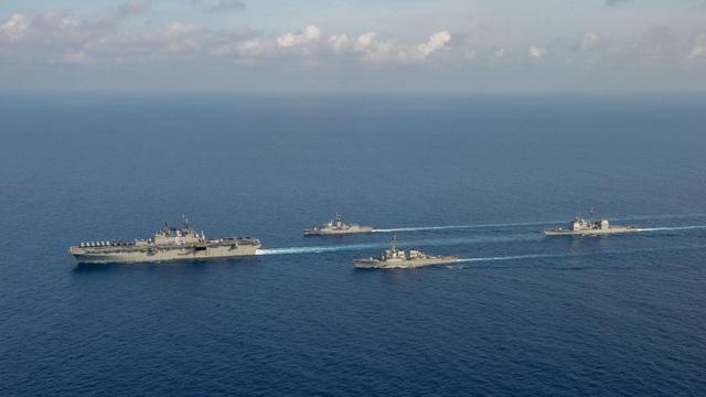 Mỹ đẩy mạnh hoạt động quân sự tại các vùng biển thách thức Trung Quốc - 1