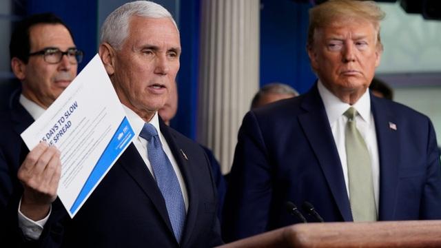 Mỹ: 81.000 người chết vì Covid-19, Phó tổng thống tự cách ly - 1