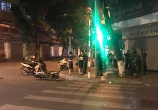 Hà Nội: Nghi án quái xế gây tai nạn khiến một phụ nữ tử vong - 1