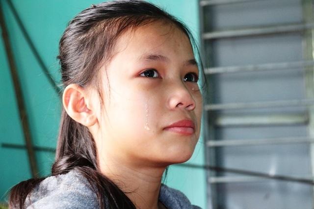 Dòng nước mắt cầu cứu của 2 chị em mồ côi bố nhìn mẹ bạo bệnh - 6