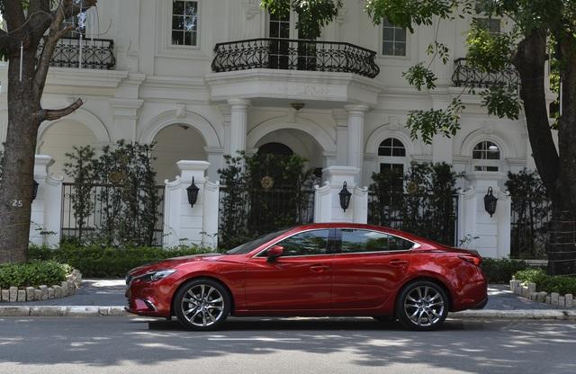 Sedan cao cấp Mazda6 chỉ trong tầm giá 800 triệu đồng - 1
