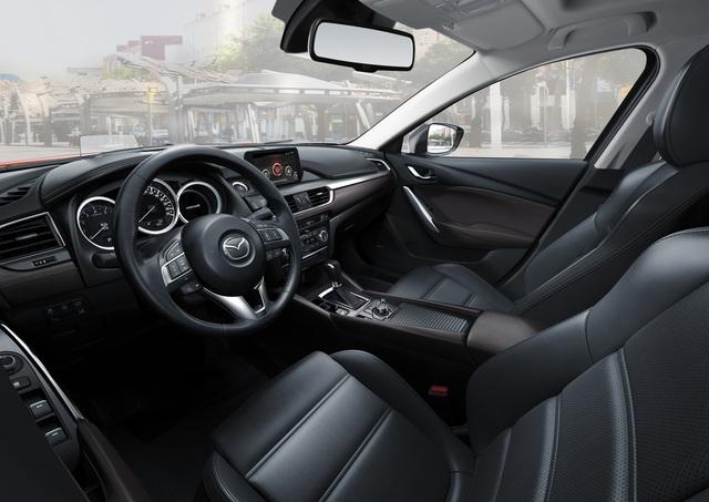 Sedan cao cấp Mazda6 chỉ trong tầm giá 800 triệu đồng - 2