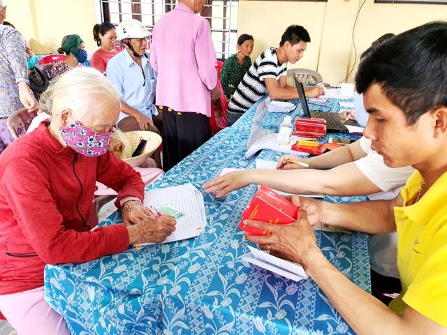 Tiền hỗ trợ của Chính phủ đã tới người dân gặp khó vì Covid-19 ở Quảng Nam - 3