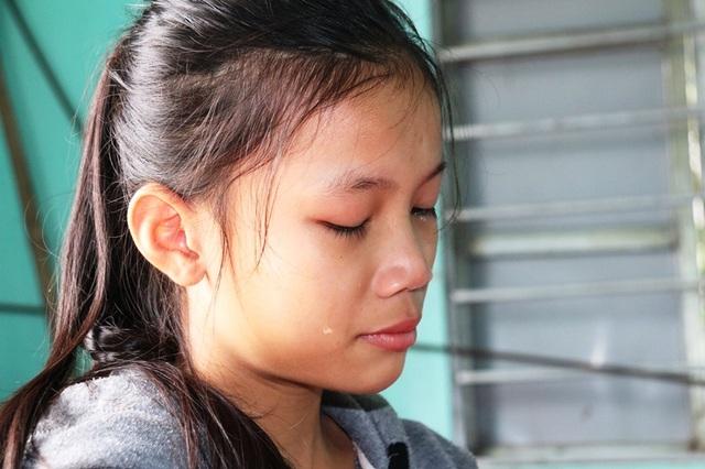 Dòng nước mắt cầu cứu của 2 chị em mồ côi bố nhìn mẹ bạo bệnh - 7