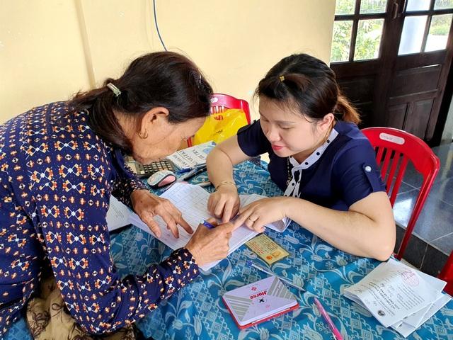Tiền hỗ trợ của Chính phủ đã tới người dân gặp khó vì Covid-19 ở Quảng Nam - 4