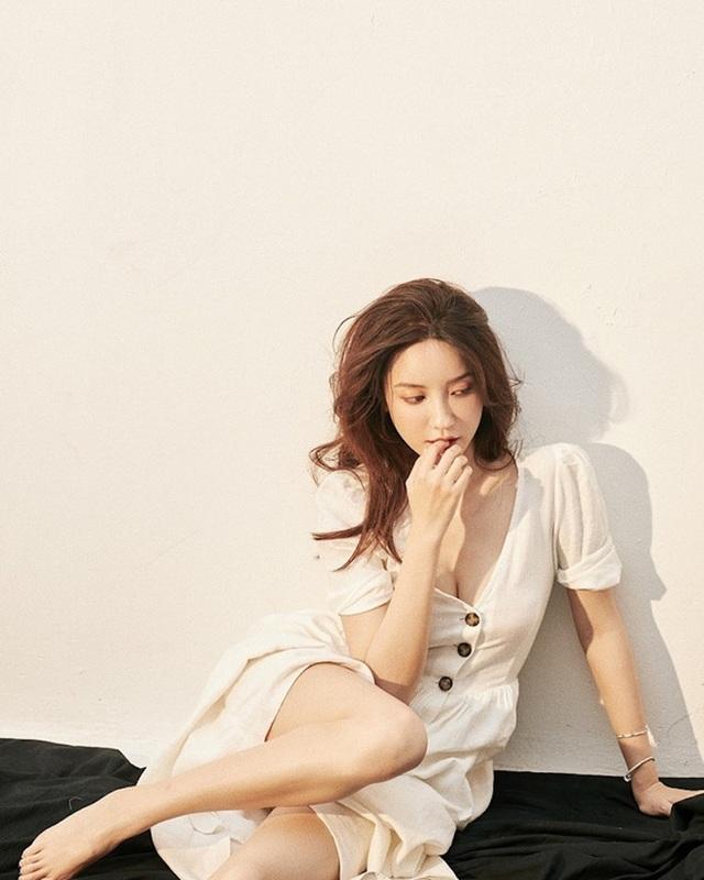 Hotgirl bị tố ngoại tình với chủ tịch Taobao bất ngờ đăng ảnh mặc váy cưới - 7