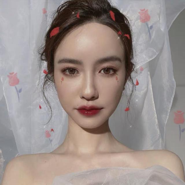 Hotgirl bị tố ngoại tình với chủ tịch Taobao bất ngờ đăng ảnh mặc váy cưới - 3