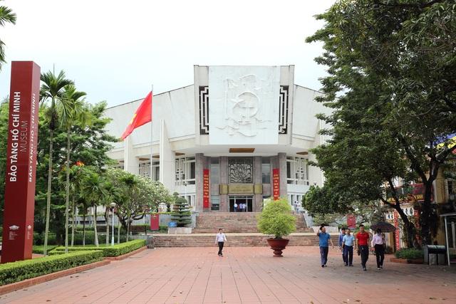 Lăng Chủ tịch Hồ Chí Minh mở cửa đón khách trở lại - Ảnh minh hoạ 9