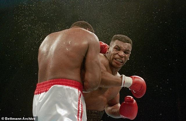 Myke Tyson tuyên bố       trở lại võ đài sau 15 năm treo găng - 3