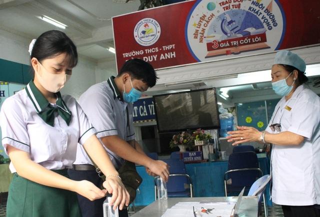 TPHCM: Học sinh có thể đi học cả thứ 7, hoàn thành chương trình trước 11/7 - 1