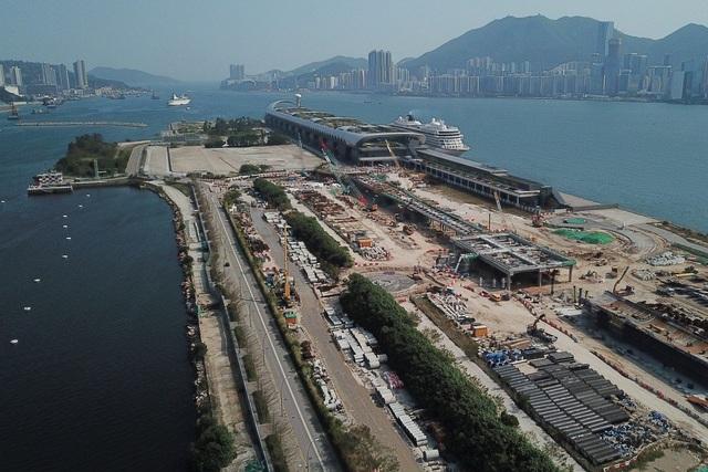 Tỷ phú Hồng Kông và phi vụ bán đất sân bay thua lỗ nhất trong lịch sử - 1