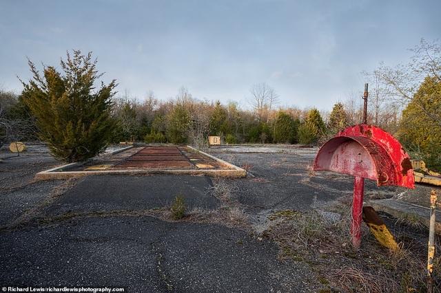 Rao bán khu phóng tên lửa hạt nhân bỏ hoang với giá 1,8 triệu USD - 2