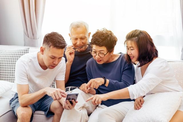 Sự tiện lợi của app chinh phục người dùng lớn tuổi như thế nào? - 1