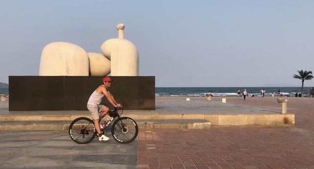 Hai kịch bản phục hồi du lịch Đà Nẵng đều ước giảm thu hàng vạn tỷ đồng - 1