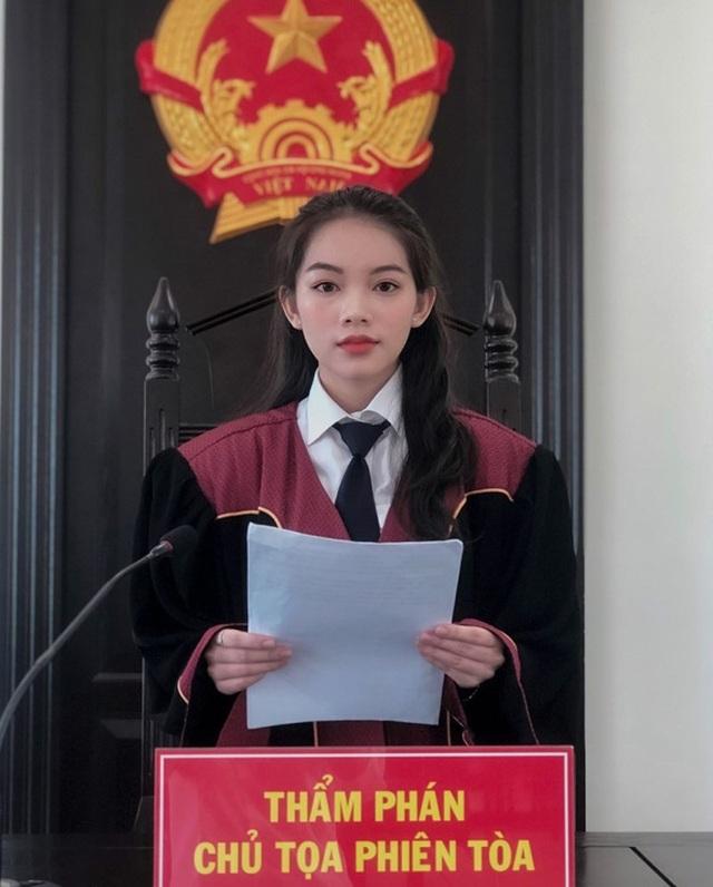 """Nữ sinh Học viện Tòa án mơ ước trở thành người """"cầm cân nảy mực"""" - 3"""