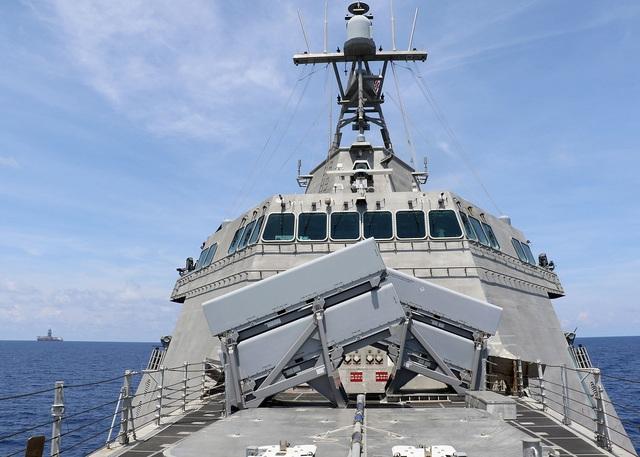 Mỹ điều tàu chiến tới điểm nóng ở Biển Đông - 2