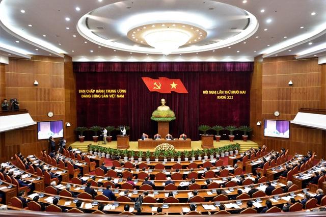Trung ương xem xét việc kiểm điểm công tác của Bộ Chính trị, Ban Bí thư - 1