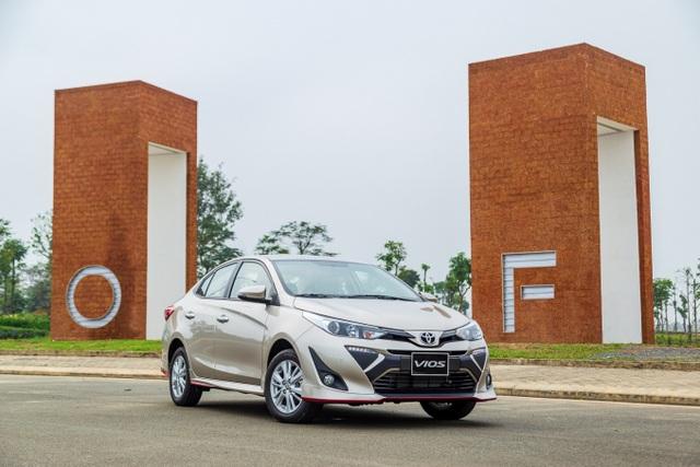 """Vượt qua """"sóng gió"""", doanh số Toyota Vios vẫn tăng theo chiều thẳng đứng - 1"""