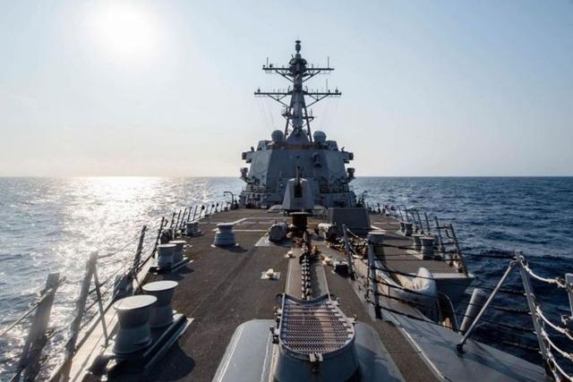 Mỹ điều chiến hạm qua eo biển Đài Loan - 1