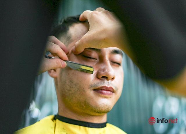 Dịch vụ cắt tóc miễn phí ở Hà Nội hút khách trở lại - 6